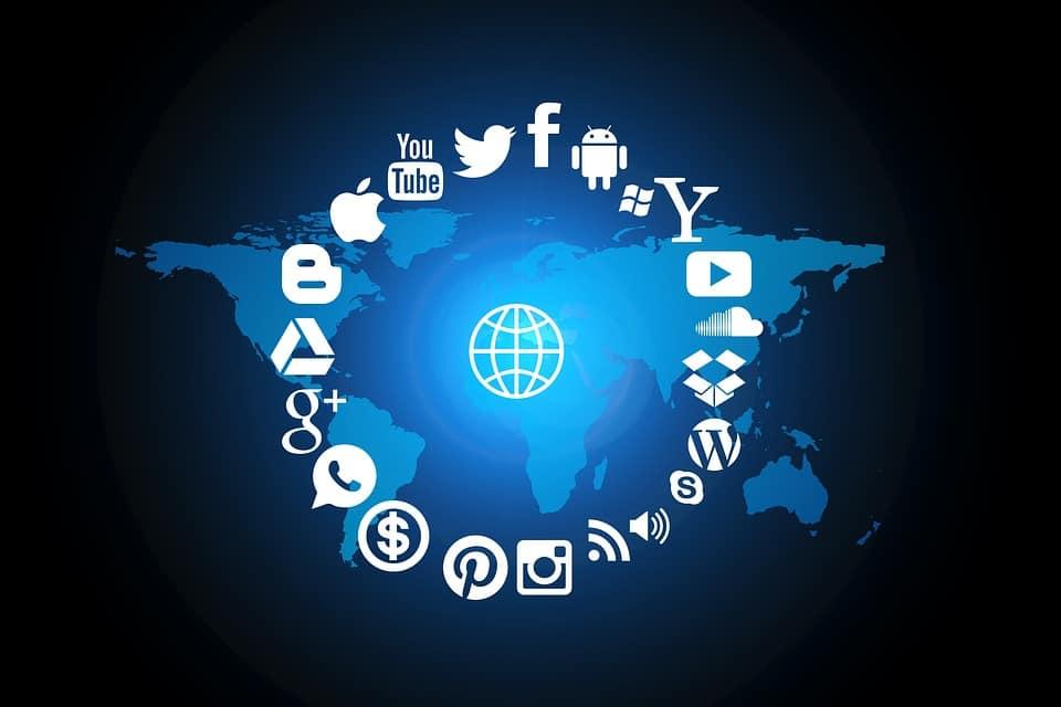 ahorrar en social media